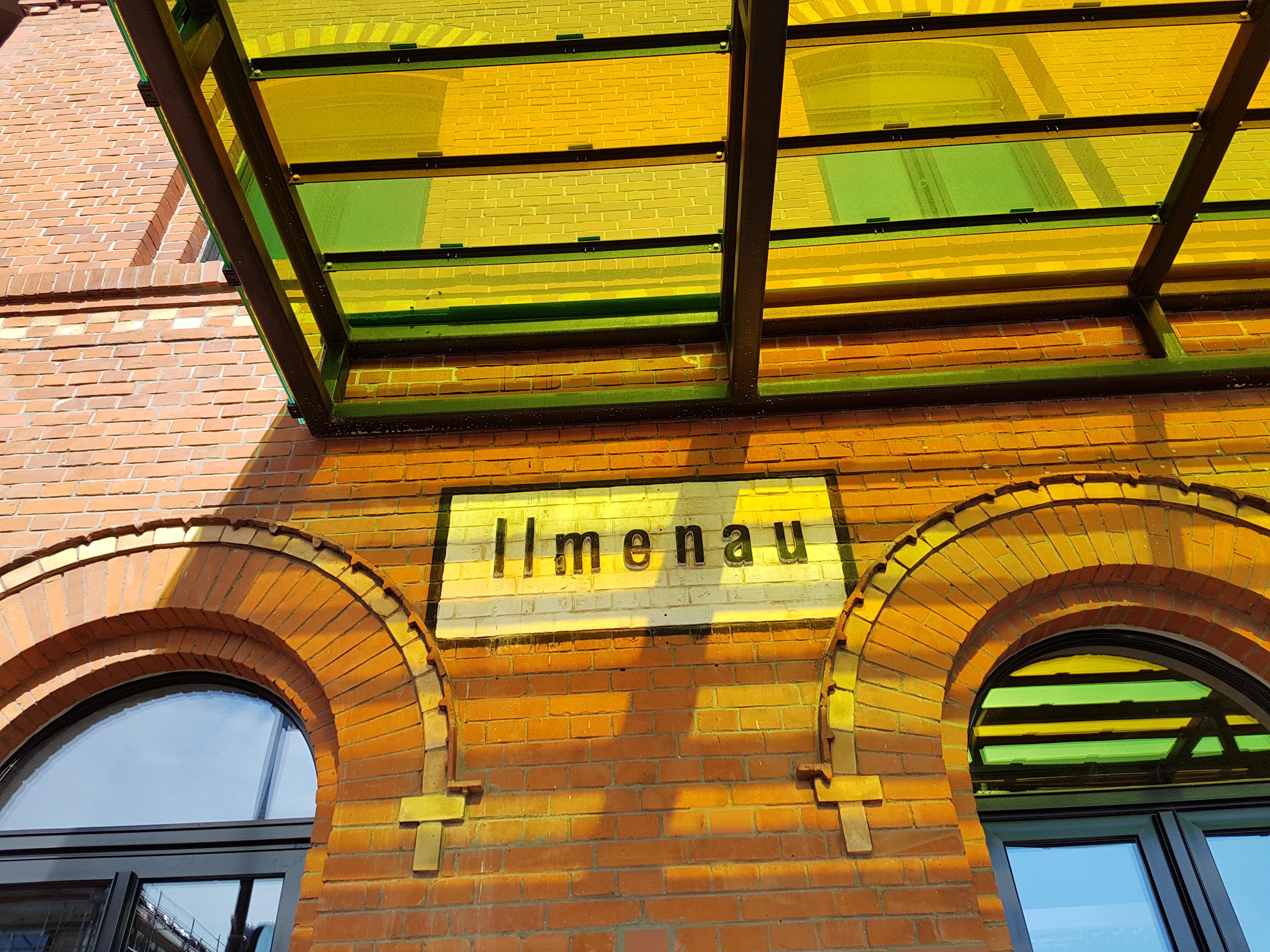 Am Bahnhof Ilmenau